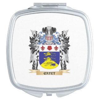 Escudo de armas de Catet - escudo de la familia Espejos Compactos