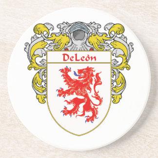 Escudo de armas de DeLeon/escudo de la familia Posavasos Diseño