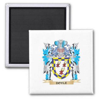 Escudo de armas de Doyle - escudo de la familia Imán De Nevera