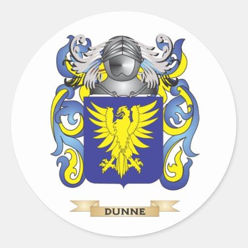 Escudo de armas de Dunne Etiquetas Redondas