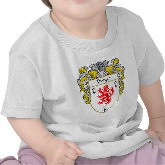 Escudo de armas de Dwyer cubierto Camiseta