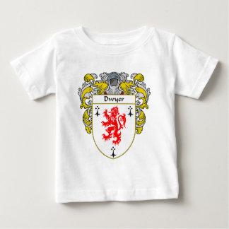 Escudo de armas de Dwyer (cubierto) Playera De Bebé
