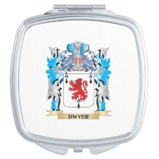 Escudo de armas de Dwyer - escudo de la familia Espejos Compactos
