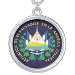 Escudo de armas de El Salvador Grimpola