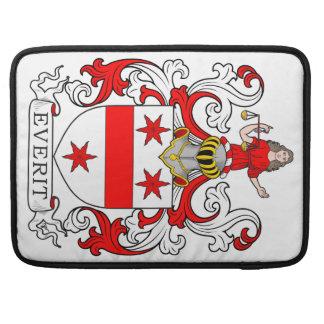 Escudo de armas de Everit Fundas Para Macbooks