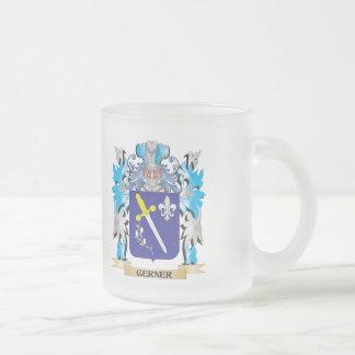Escudo de armas de Gerner - escudo de la familia Taza Cristal Mate