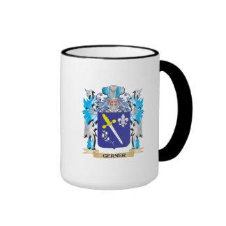 Escudo de armas de Gerner - escudo de la familia Taza A Dos Colores