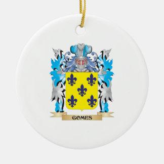 Escudo de armas de Gomes - escudo de la familia Adorno Navideño Redondo De Cerámica