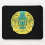 Escudo de armas de Kazajistán Alfombrilla De Raton