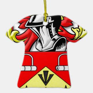 Escudo de armas de Kirkwood Adorno Navideño De Cerámica En Forma De Playera