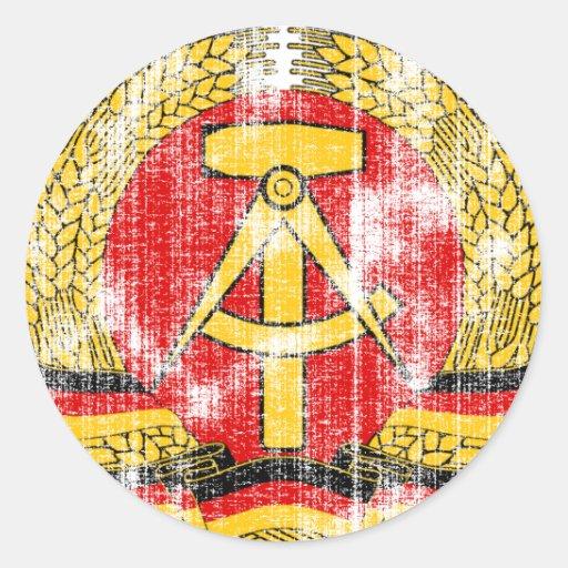 Escudo de armas de la Alemania Oriental Pegatina Redonda