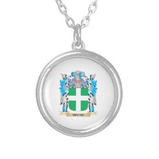 Escudo de armas de la casa - escudo de la familia collares personalizados