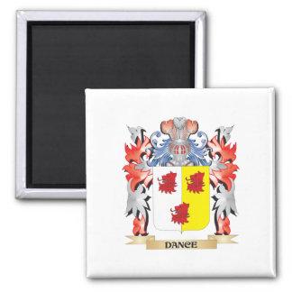 Escudo de armas de la danza - escudo de la familia imán cuadrado