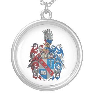 Escudo de armas de la familia de Ludwig von Mises Collar Plateado
