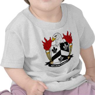 Escudo de armas de la familia de Nelson Camisetas