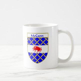 Escudo de armas de McCann/escudo de la familia Taza Clásica