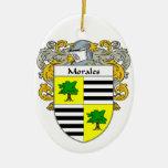Escudo de armas de Morales/escudo de la familia Adorno Navideño Ovalado De Cerámica
