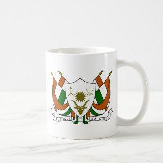 Escudo de armas de Niger Taza Básica Blanca