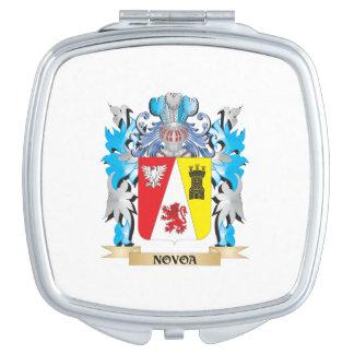 Escudo de armas de Novoa - escudo de la familia Espejos Compactos