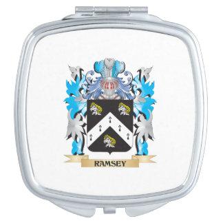 Escudo de armas de Ramsey - escudo de la familia Espejos Compactos