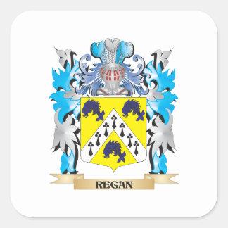 Escudo de armas de Regan - escudo de la familia Pegatina Cuadrada