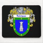 Escudo de armas de Rodriques/escudo de la familia Tapetes De Ratón