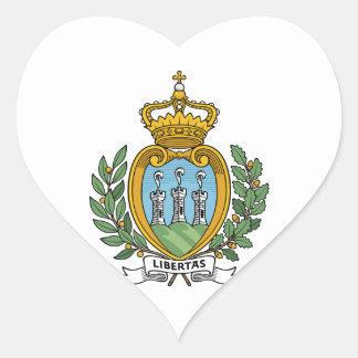 Escudo de armas de San Marino Pegatina En Forma De Corazón