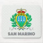 Escudo de armas de San Marino Tapetes De Raton