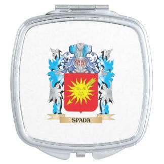Escudo de armas de Spada - escudo de la familia Espejos De Viaje