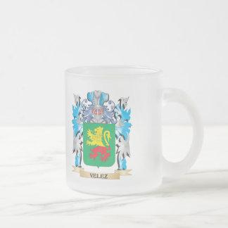 Escudo de armas de Velez - escudo de la familia Taza Cristal Mate