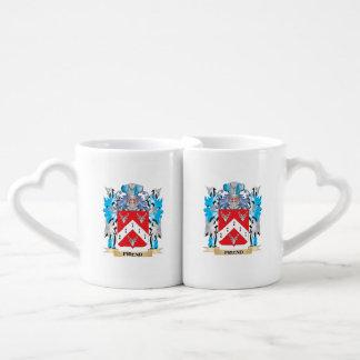 Escudo de armas del amigo - escudo de la familia taza para parejas