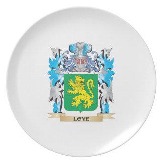 Escudo de armas del amor - escudo de la familia platos