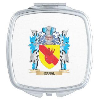 Escudo de armas del canal - escudo de la familia espejo de maquillaje