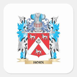 Escudo de armas del cuerno - escudo de la familia pegatina cuadradas personalizada
