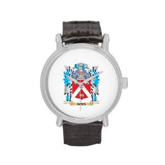 Escudo de armas del cuerno - escudo de la familia reloj de mano