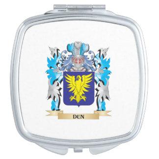 Escudo de armas del Dun - escudo de la familia Espejos Compactos