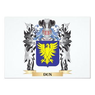 """Escudo de armas del Dun - escudo de la familia Invitación 5"""" X 7"""""""