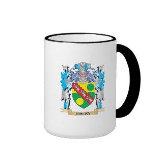 Escudo de armas del esmeril - escudo de la familia taza a dos colores