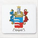 Escudo de armas del húngaro de la familia de Almad Alfombrilla De Ratón