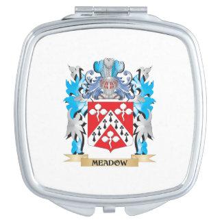 Escudo de armas del prado - escudo de la familia espejo de maquillaje