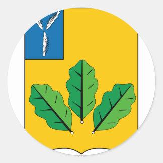 Escudo de armas del rayón de Novoburassky Pegatina Redonda