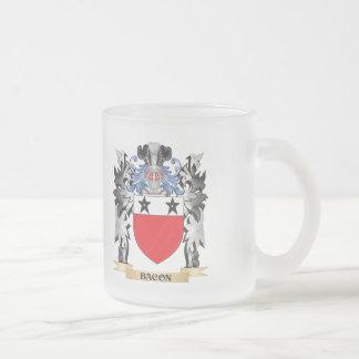 Escudo de armas del tocino - escudo de la familia taza cristal mate