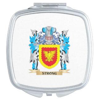 Escudo de armas fuerte - escudo de la familia espejo compacto