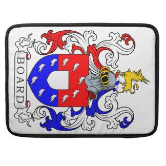 Escudo de armas II del tablero Fundas Para Macbook Pro
