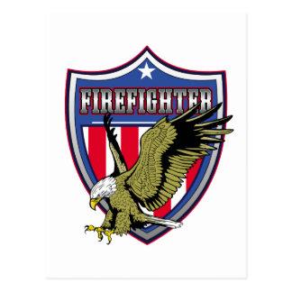 Escudo de Eagle del bombero Tarjeta Postal