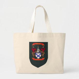 Escudo de Kirkpatrick en el tote del escudo de Dou Bolsas De Mano