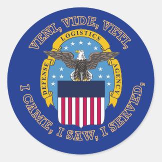 Escudo de la agencia de logística de defensa pegatina redonda