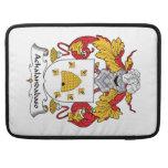 Escudo de la familia de Achalandabaso Fundas Para Macbook Pro