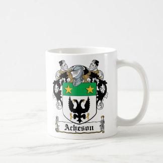 Escudo de la familia de Acheson Taza Básica Blanca
