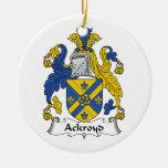 Escudo de la familia de Ackroyd Ornamento Para Reyes Magos